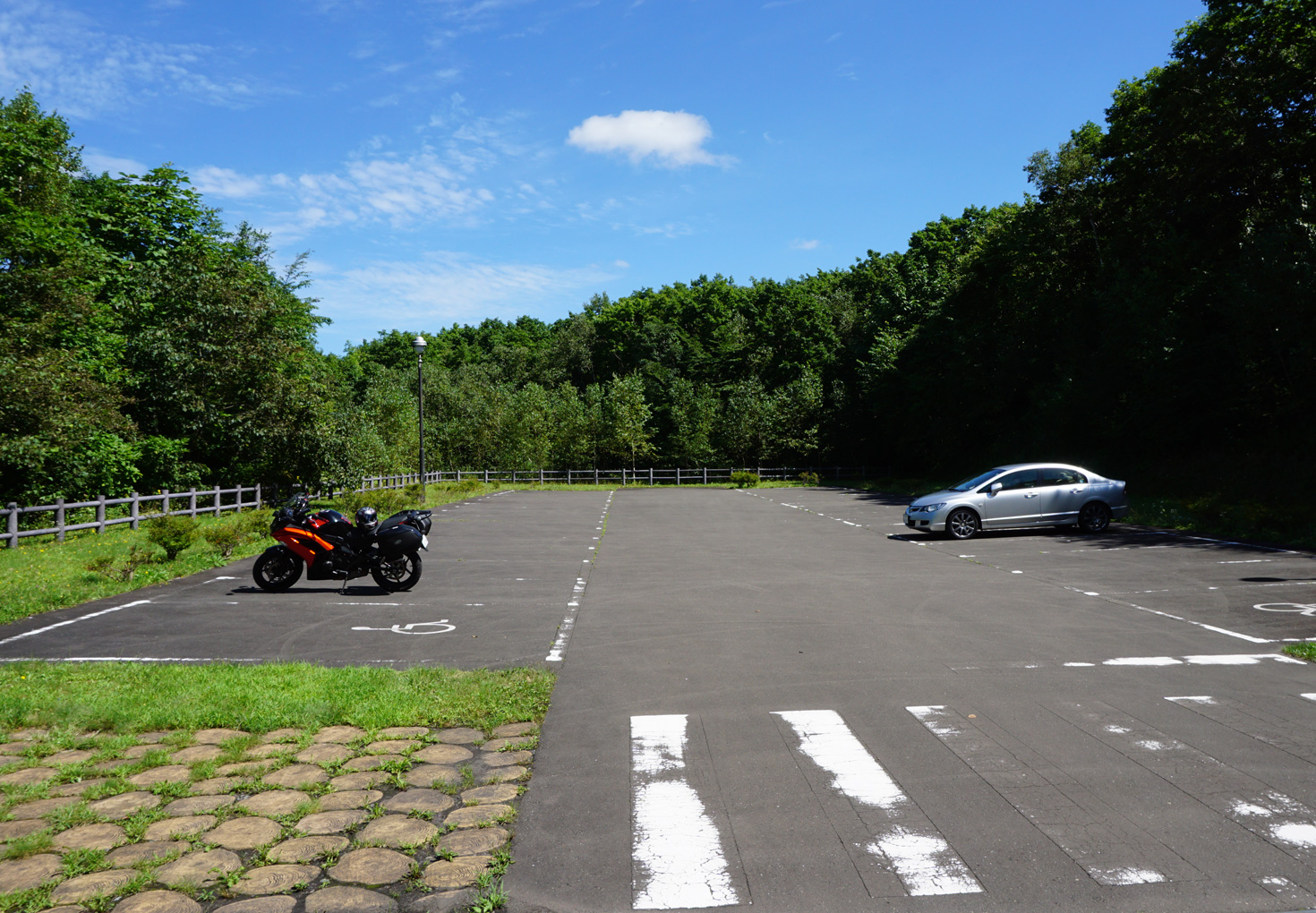 千歳市泉沢自然の森キャンプ場駐車場