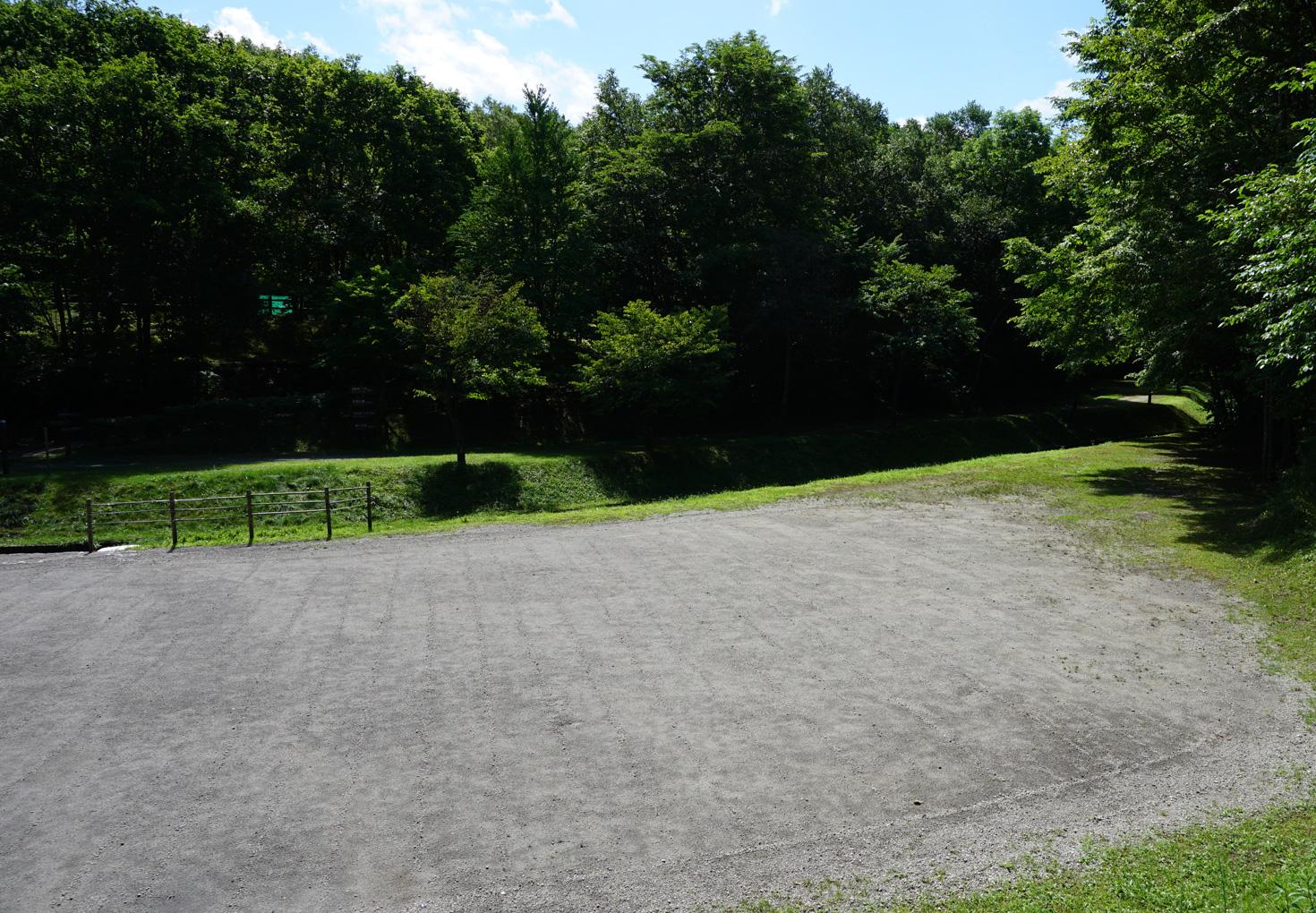 千歳市泉沢自然の森キャンプ場テントサイト