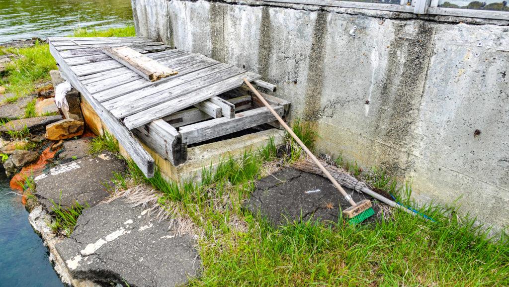 屈斜路湖 赤湯 掃除道具