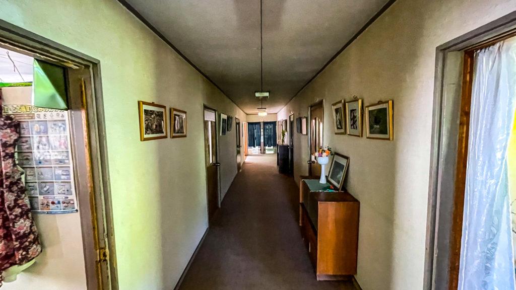 幌加温泉 鹿の谷 廊下