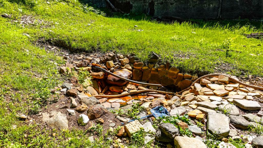 然別峡温泉 ダム下の湯 浴槽