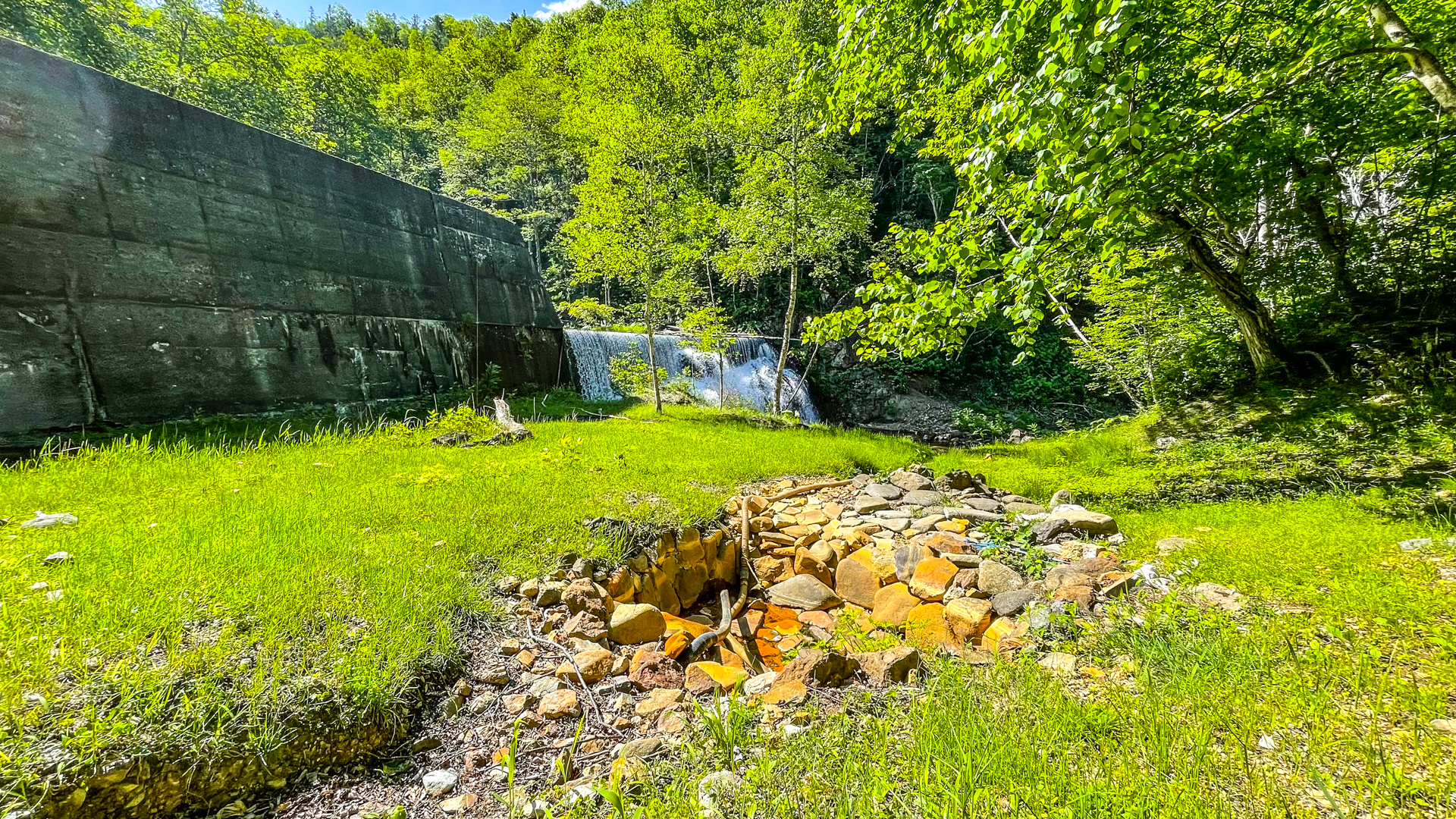 然別峡温泉 ダム下の湯